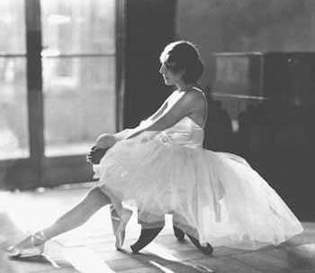 Ida Rubinstein in Ballet costume 1921